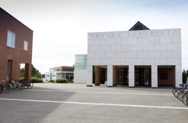 Vaasan yliopiston marmoriportti