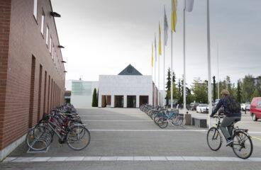 Vaasan yliopiston kampus marmoriportti