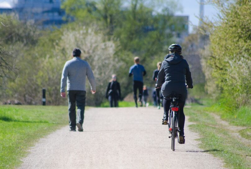 Parkway cyclists, walkers, joggers