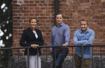 Linda Kass, Jukka-Pekka Niemi, Jonathan Björkskog.